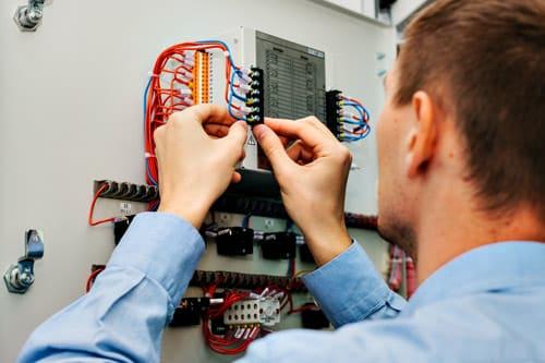 jtk:n sähkömies työn touhussa espoossa